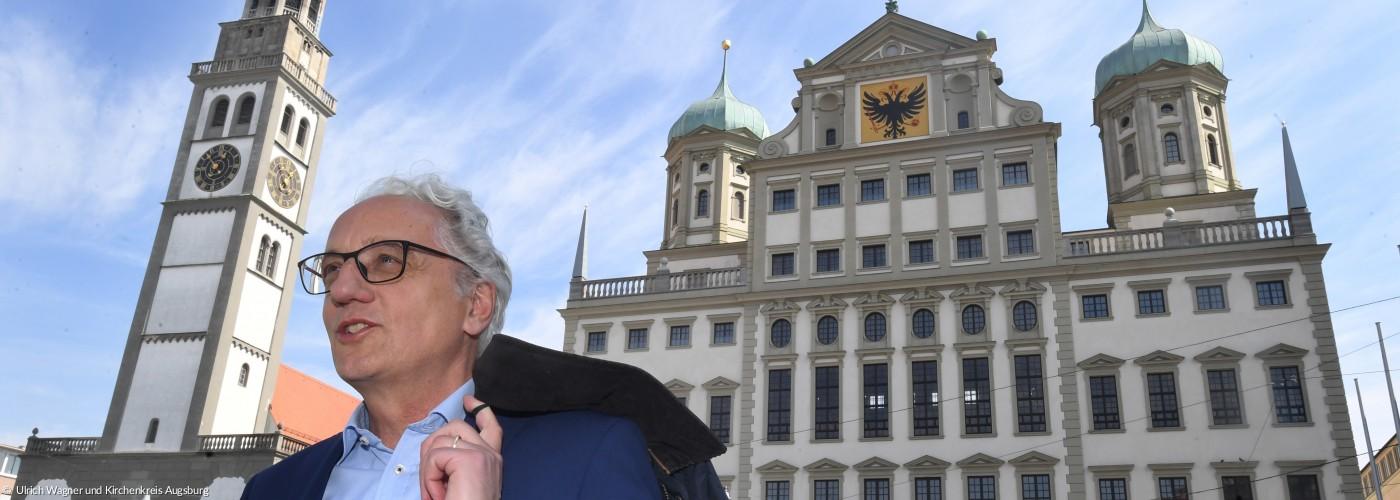 RB Piper vor dem Augsburger Rathaus und Perlach